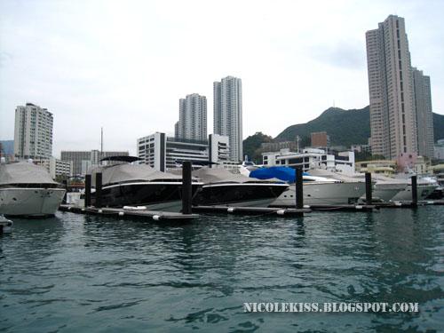 rich men's yachts