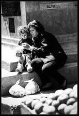 Nonna... (Keith Chastain) Tags: sanfrancisco blackandwhite bw sunlight child grandmother candid streetphotography keithchastain