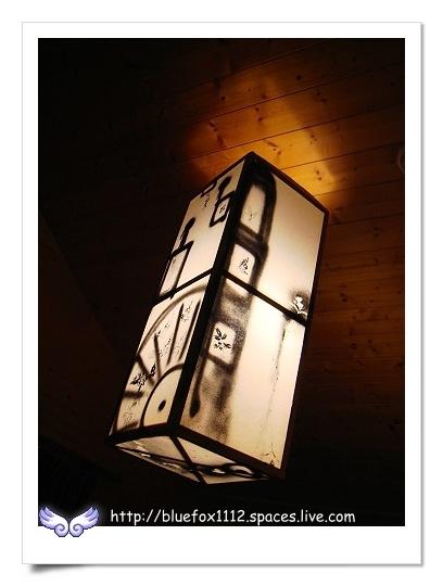 090514-4湖畔花時間07_燈