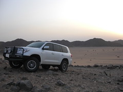 return of the king (shine_on) Tags: sunset desert offroad 4x4 dunes toyota jeddah suv fj landcruiser saudiarabia cruiser  fjcruiser