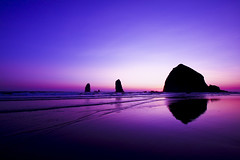 Purple (| | | /) Tags: ocean pink sunset cloud mountain reflection beach water colors weather sunrise canon island purple tide clear haystacks cannon alemdagqualityonlyclub