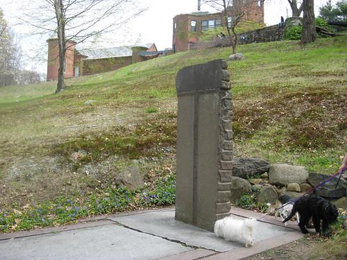 Puccini investigates a sculpture