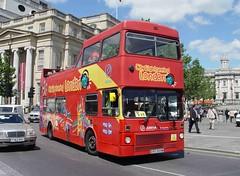 ORIGINAL LONDON MB509 GYE509W TRAFALGAR SQUARE 130605 (David Beardmore) Tags: metrobus londontransport mcw citysightseeing m509 opentopper arrivapresentinglondon originallondonsightseeingtour mb509 gye509w