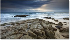 Point Arkwright (lovephotos10) Tags: beach sunrise pointarkwright rocksbeachpointarkwrightsunrise