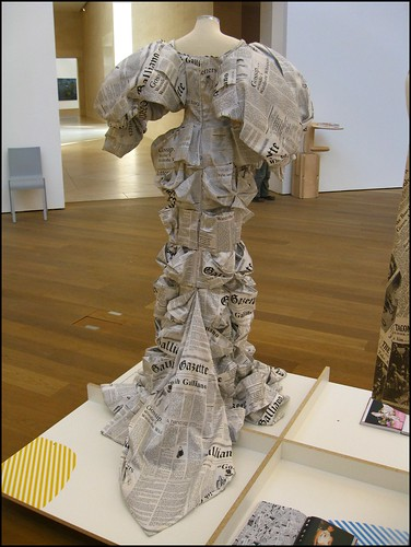 RRRIPP!! paper fashion