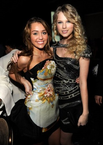 taylor swift 2009 grammy. Miley Cyrus and Taylor Swift - 2009 Grammy Salute to Industry Icons honoring