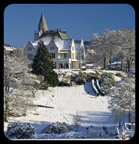 Gamlehaugen: Winter at the Norwegian Royal Family's home in Bergen, Norway