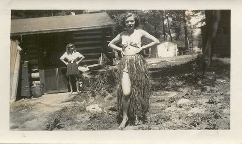 : 1940s, vacation, sisters, grassskirt, vintage, gosselin, hulaskirt, cabin, 1945