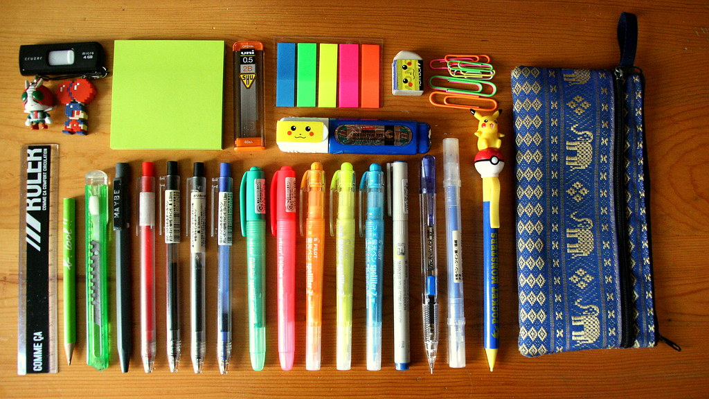 52/365 - What's in my pencil case?