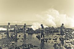 Gamet NorthernWeed (lamug_josephandie (going pro)) Tags: travel sea people work waves wind group adventure ilocosnorte rockycoastline workingpeople livelihood burgosilocosnorte kapurpurawan gametcollector raiingear