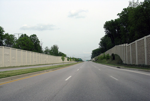 Freeway wall