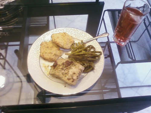 Blackened Salmon, Green Beans, Low Carb Biscuits