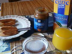 Buen Da!!! (juannypg) Tags: food argentina chocolate comida rosario desayuno remo dulcedeleche morfi zumo submarino tostadas jugodenaranja costumbresargentinas lumixaward
