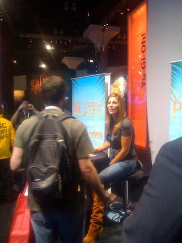 E3 Daisy Fuentes Signing