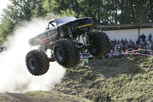 Monster Race