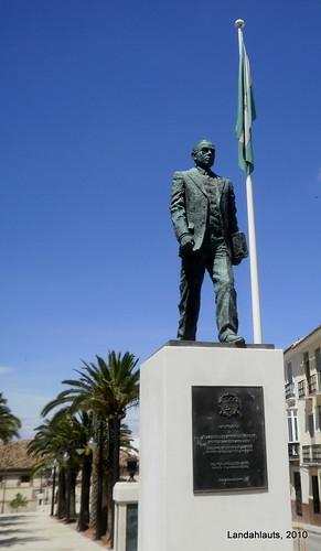 Estatua a Blas Infante Pérez de Vargas
