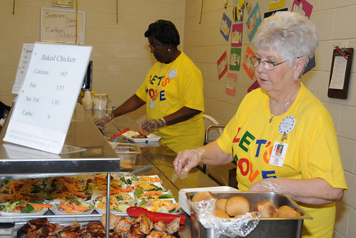 Child Nutrition Assistants Shirley Ryals and Carrie Crump serve nutritious foods to Thomasville Primary School students during the lunch meal showcasing why their school won a USDA HealthierUS School Challenge Gold Award (USDA photo by Debbie Haston-Hilger)