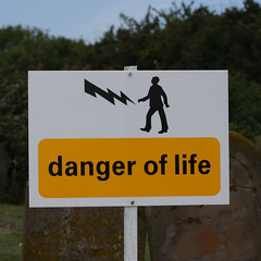 danger of life (Leo Reynolds) Tags: art sign canon eos iso100 f80 90mm peril signbad groupsigns 0003sec 40d hpexif groupperil xratio11x xleol30x