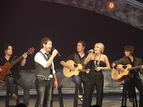 David Cook and Carrie Underwood duet on 'Go Your Own Way'. Photo by Mark Goldhaber.