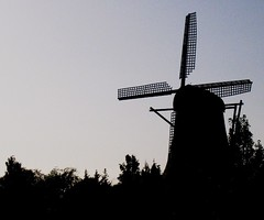 Still Dawn (vincentpinnone) Tags: windmill silhouette sunrise dawn wind windmillgardens rockbank melbswest
