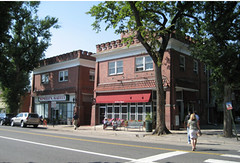 shops in Park Hill (by: Jeffrey Lovshin via APA)