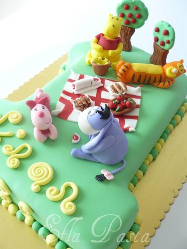 winnie cake 2