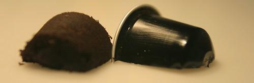 Nespresso & Recyclage: picture Coffee split by danielbroche
