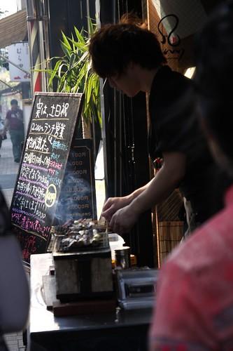 神楽坂の焼き魚串やさんのイケメンさん