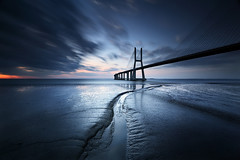 Stopping the Bridge (CResende) Tags: longexposure bridge blue sunset portugal night cloudy lisbon le tejo vascodagama pvg parqueexpo bigstopper cresende