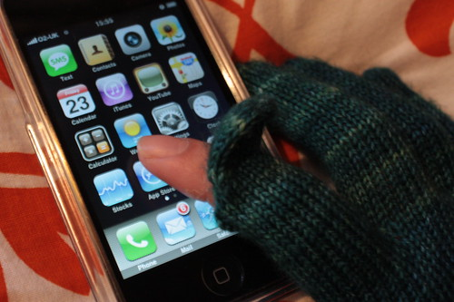 Knotty gloves for iPhone
