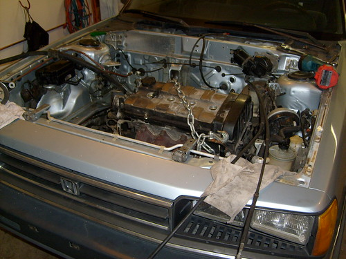 F B Ea on 1985 Honda Prelude Engine