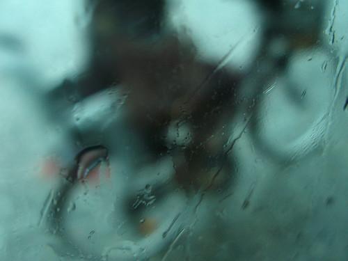 Cycling through the rain. Photo: Paula Moya