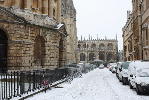 Oxford in the snow. Photo courtesy of taperoo2k @ flickr