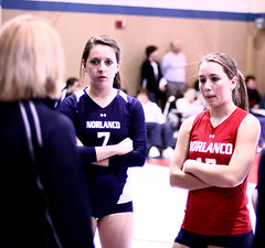IMG_9316 (SJH Foto) Tags: girls coach tournament volleyball huddle 18s 13109 norlanco
