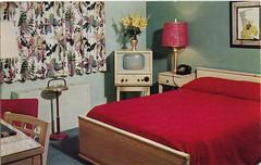 50's Motel room (reinap) Tags: vintage room postcard motel hazleton 50s penna gusgenetti