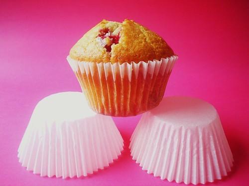 Raspberry&White Chocolate Muffins