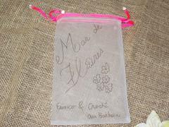 Saco de tule para encomendas (Mar de flores) Tags: flowers flores fuxico yoyo fux croche fuxicos fuxicando crochetando fuxicaria fuxic