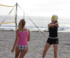 Two volleyball girls (San Diego Shooter) Tags: sandiego streetphotography beachvolleyball volleyball pacificbeach sandiegopeople sandiegostreetphotography