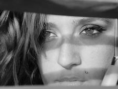 sull'orlo di un precipizio,in attesa del verdetto... (DottorSanacore) Tags: portrait woman blancoynegro girl face donna mujer eyes friend chica cara lips piercing occhi sguardo balckandwhite ojos mano dada lory mirada ritratto bocca viso rostro biancoenero amica ragazza dito intenso volto labbra