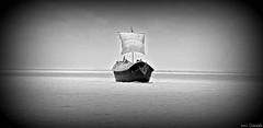 sTiLL LonG waY to Go... ((_.•*`*•.ChobiWaLa.•*`*•._)) Tags: blackandwhite beauty rural river boat nikon village natural bangladesh padma mawa d40 pervez munshiganj shudhuibangla chobiwala hrizoo maowa