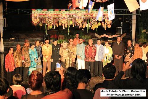Raja Se Nusantara Berkumpul by Jack Febrian Rusdi.