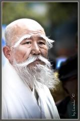 Master (Lensaku) Tags: festival buddhist oldman korea seoul jongno shaolin seniorcitizen buddhasbirthday nikond300 nikonflickraward