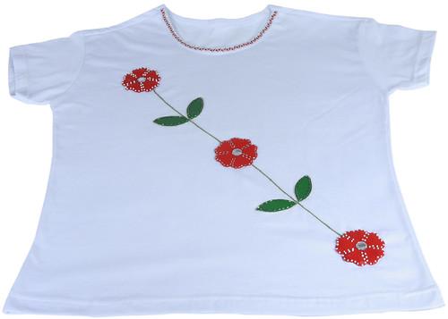 Camiseta com Aplicação by PARANOARTE