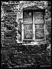 bricked up / zamurowane (Violen's photography) Tags: bw white black window stone wall poland polska thorn decayed okno toru bricked blackwhitephotos zmurowane