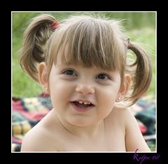 claudia8 (Jose y Esther  /Kitpe) Tags: baby kids nikon clàudia reportaje kipe niñs kitpe