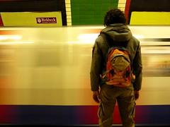 you-tube (luana183) Tags: boy london underground metro you tube movimento tu londra treno metropolitana velocit inghilterra ragazzo contrasto fermo youtube gagi scattifotografici