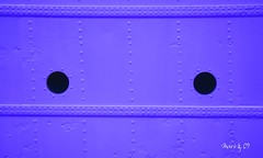 purple aceiro (_madmarx_) Tags: portugal canon purple steel cor vianadocastelo xsi ao acero remaches gileannes colourartaward aceiro madmarx