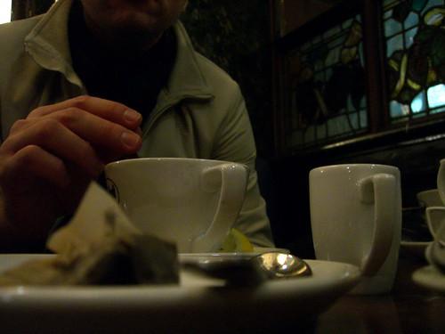 Tomando té
