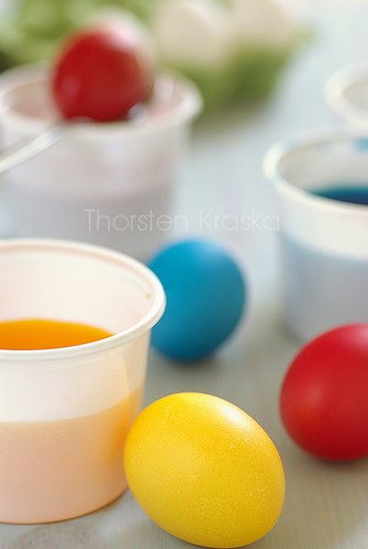 Easter Tradtion: coloring eggs