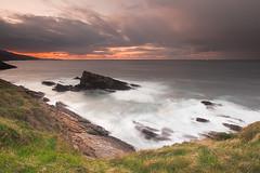 La Cercada udaberrian (Andoni Lamborena) Tags: sunset seascape landscape atardecer paisaje polarizer ocaso waterscape cokin muskiz sigma1020 singhray kobaron itsaslur itxaslur cobarn singhrayreversegrad andonilamborena lamborena
